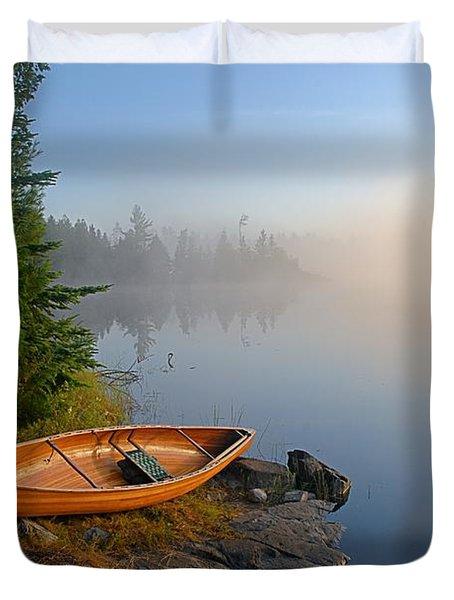 Foggy Morning On Spice Lake Duvet Cover by Larry Ricker