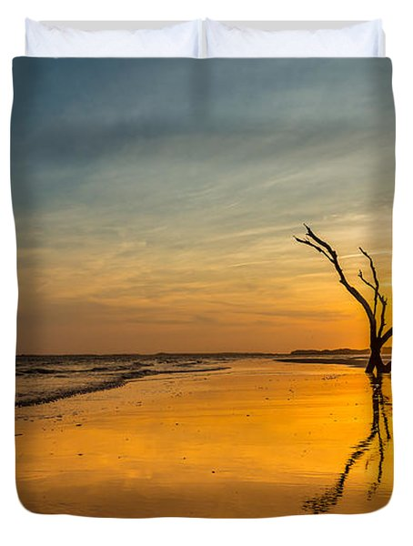 Folly Beach Skeleton Tree At Sunset - Folly Beach Sc Duvet Cover