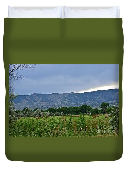 Foothills Of Fort Collins Duvet Cover