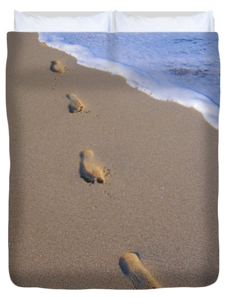 Footprints Duvet Cover by Don King - Printscapes