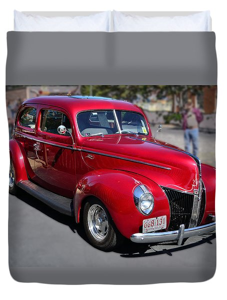 Duvet Cover featuring the photograph Ford 40 In Red by Larry Bishop
