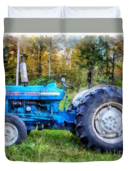 Duvet Cover featuring the painting Ford 4000 Vintage Tractor by Edward Fielding