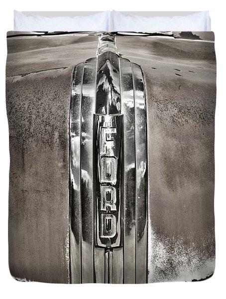 Ford Chrome Grille Duvet Cover