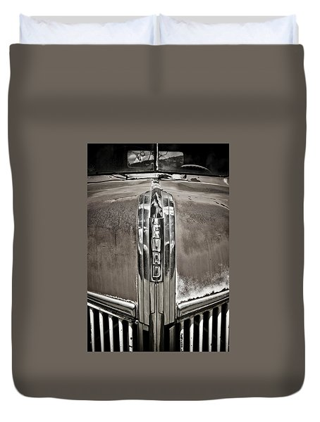 Ford Chrome Grille Duvet Cover by Marilyn Hunt