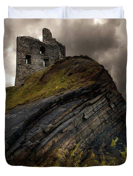 Forgotten Castle In Ballybunion Duvet Cover