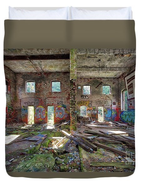 Duvet Cover featuring the photograph Former Hartford Woolen Mill Newport New Hampshire by Edward Fielding