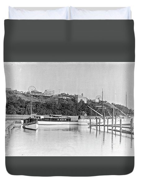 Fort George Amusement Park Duvet Cover