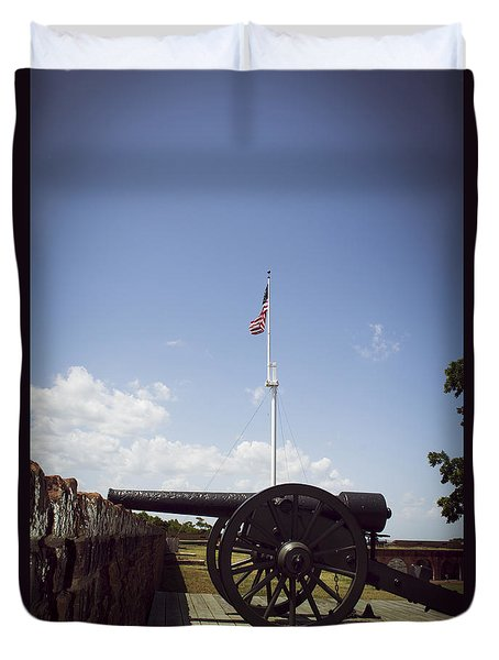 Fort Pulaski Cannon And Flag Duvet Cover