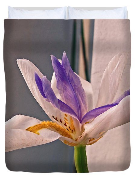 Fortnight Lily Duvet Cover