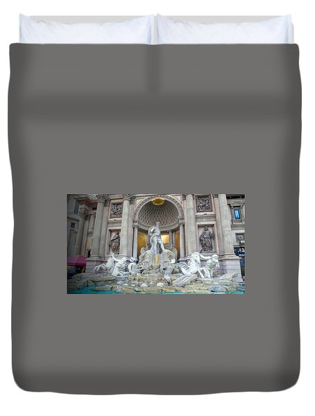 Forum Shops Statues At Ceasars Palace Duvet Cover