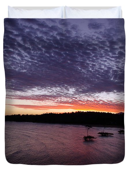 Four Elements Sunset Sequence 7 Coconuts Qld  Duvet Cover by Kerryn Madsen - Pietsch