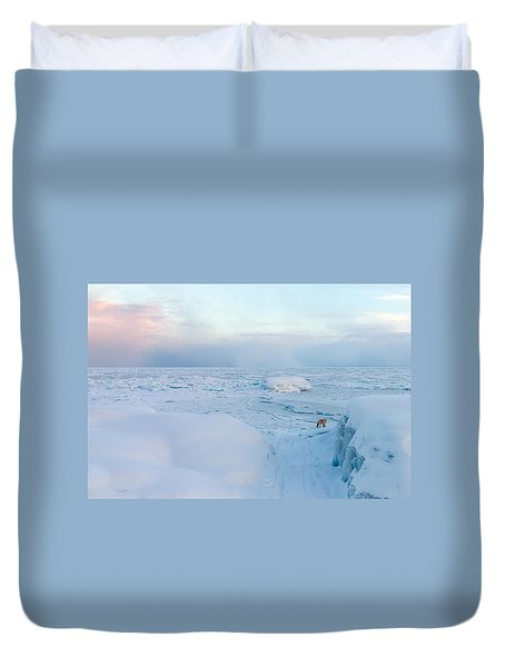 Duvet Cover featuring the photograph Fox Of The North I by Mary Amerman