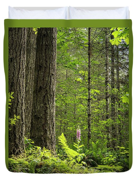 Duvet Cover featuring the photograph Foxglove In The Woods by Jean Noren