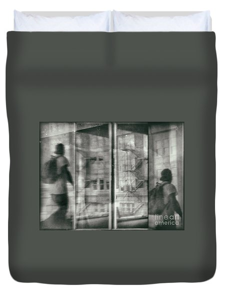 Fragment 7 The Traveler Duvet Cover