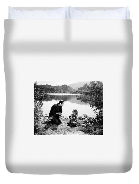 Frankenstein By The Lake With Little Girl Boris Karoff Duvet Cover
