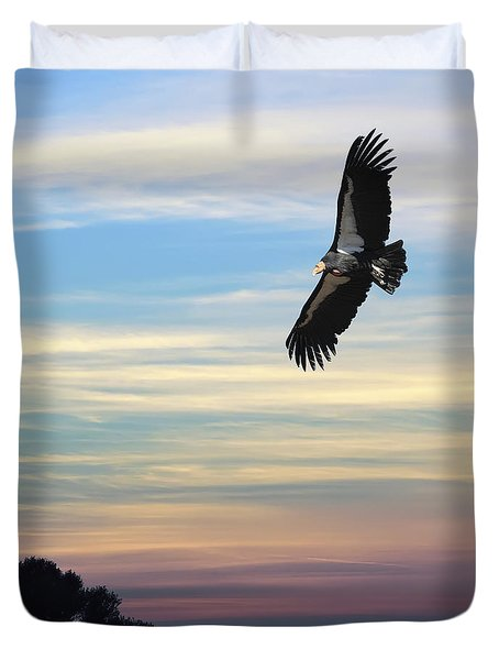 Free To Fly Again - California Condor Duvet Cover