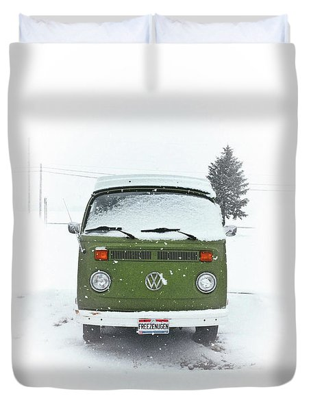 Freezenugen Duvet Cover