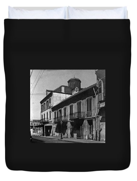 French Quarter Residences Duvet Cover