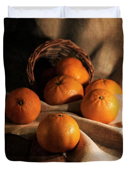 Fresh Tangerines In Brown Basket Duvet Cover by Jaroslaw Blaminsky