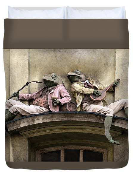 Frogs Sculpture Duvet Cover