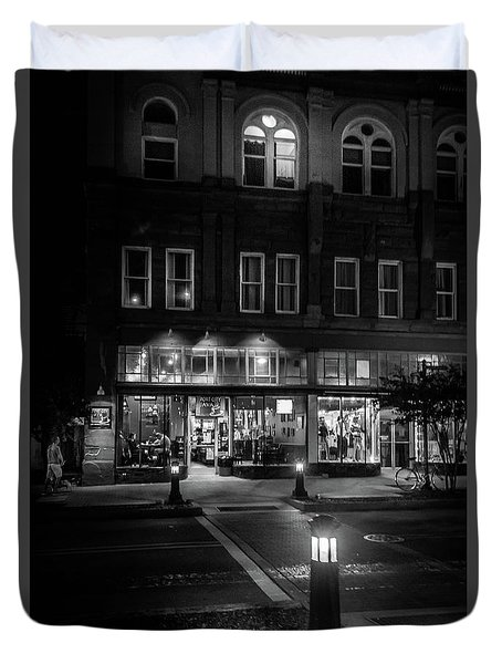 Front Street Crossing In Black And White Duvet Cover