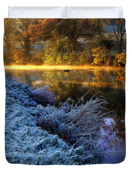 Frosty Autumnal Tamar River Duvet Cover