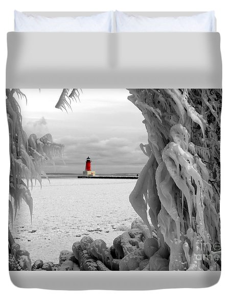 Duvet Cover featuring the photograph Frozen In Time - Menominee North Pier Lighthouse by Mark J Seefeldt