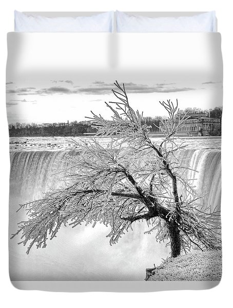Frozen Tree Near Niagara Falls Duvet Cover by Alex Galkin