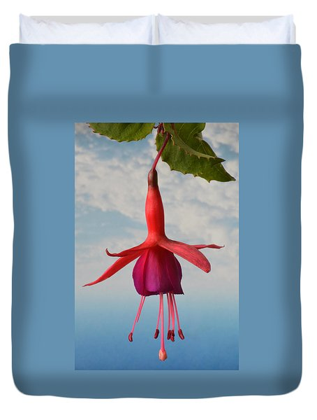 Fuchsia In The Sky. Duvet Cover