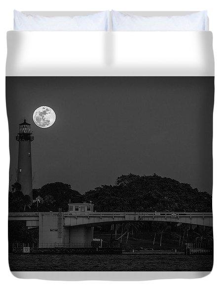 Full Moon And The Jupiter Lighthouse Duvet Cover