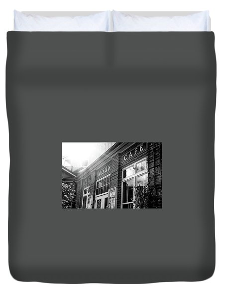 Duvet Cover featuring the photograph Full Moon Cafe by David Sutton