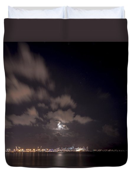 Full Moon In Miami Duvet Cover