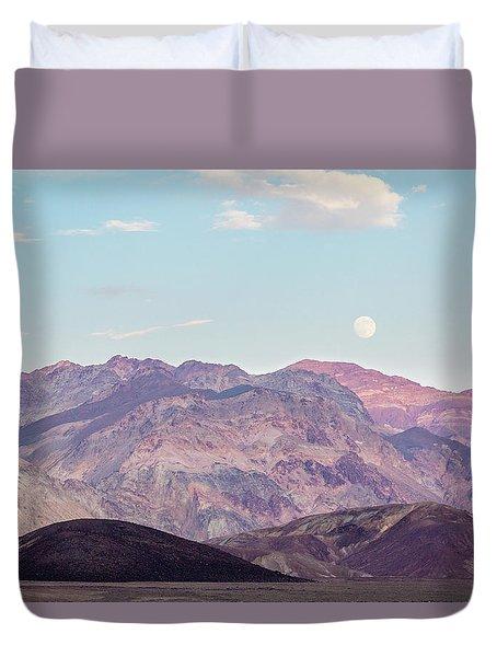 Full Moon Over Artists Palette Duvet Cover