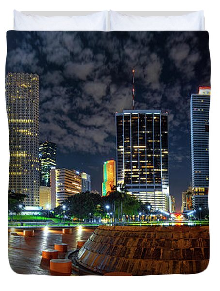 Full Moon Over Bayfront Park In Downtown Miami Duvet Cover