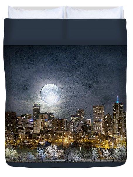 Full Moon Over Denver Duvet Cover