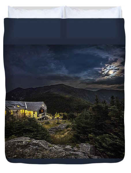 Full Moon Over Greenleaf Hut Duvet Cover