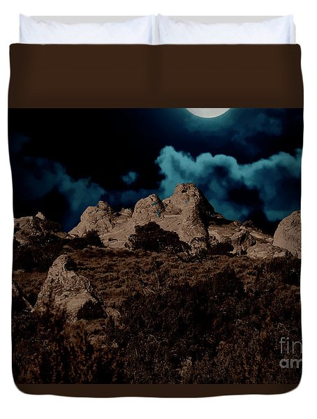 Duvet Cover featuring the photograph Full Moon Over White Pocket by Anne Rodkin