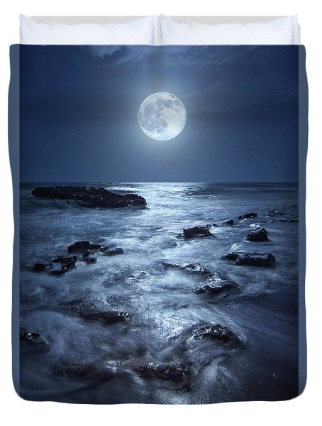 Duvet Cover featuring the photograph Full Moon Rising Over Coral Cove Beach In Jupiter, Florida by Justin Kelefas