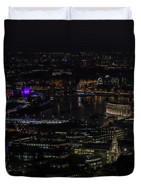 Full Color Moon Rising Over London Skyline  Duvet Cover