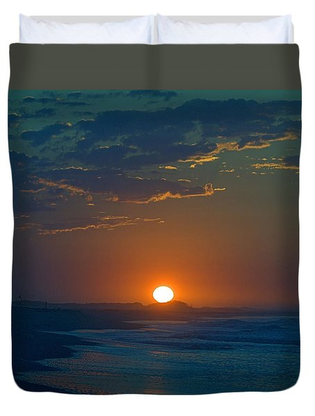 Duvet Cover featuring the photograph Full Sun Up by  Newwwman