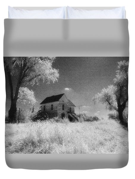 Future Days Past Duvet Cover by Thomas Bomstad