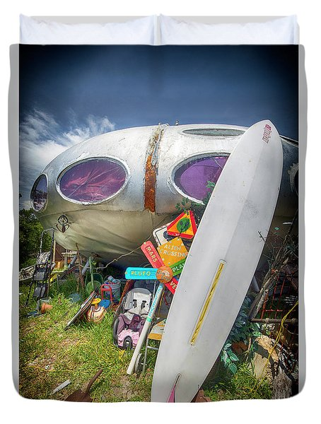 Duvet Cover featuring the photograph Futuro House 2 by Alan Raasch