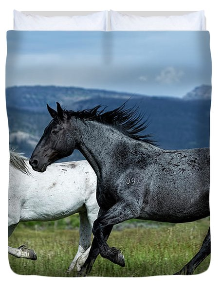 Galloping Through The Scenery Duvet Cover