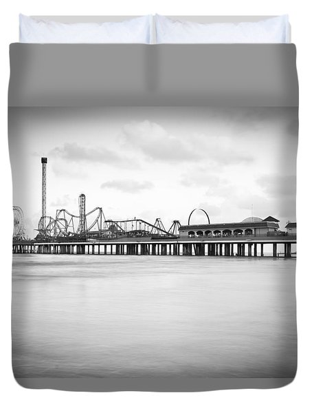 Galveston Pleasure Pier Duvet Cover by Ray Devlin
