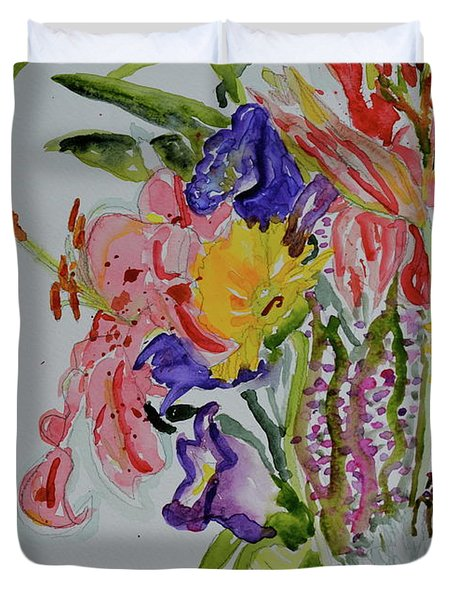 Duvet Cover featuring the painting Garden Bouquet by Beverley Harper Tinsley