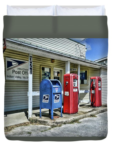 Gas And Mail Duvet Cover by Paul Ward