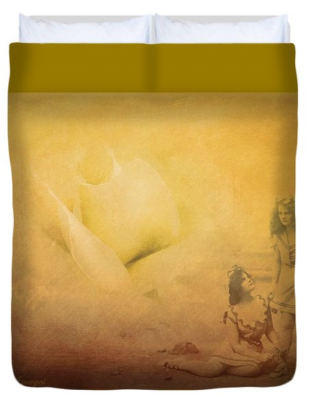 Gather Ye Rosebuds Duvet Cover by Wallaroo Images