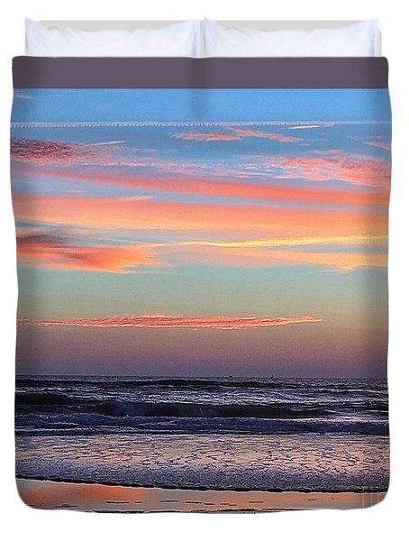 Gator Sunrise 10.31.15 Duvet Cover