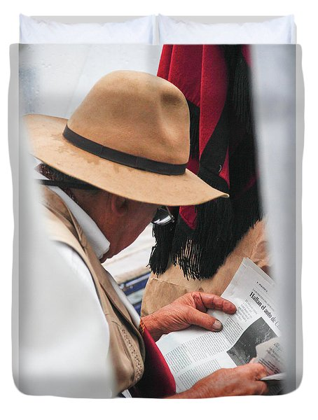 Gaucho Reading Duvet Cover