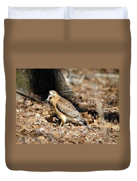 Duvet Cover featuring the photograph Gecko For Lunch by George Randy Bass